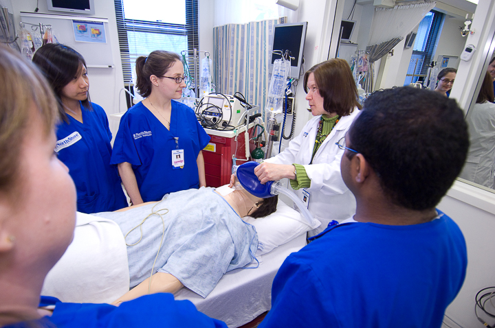 Medical students at the Sim Lab